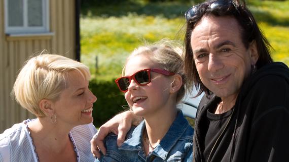 Helena Bergström, Molly Nutley och Rickard Wolff i Colin Nutleys Änglagård – tredje gången gillt winner of the Audience Award 2011.